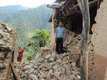 Nepal: Tysiące ludzi spędziły noc z wtorku na środę pod gołym niebem